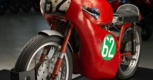 MV Agusta koopt klassieke racer van Nederlander